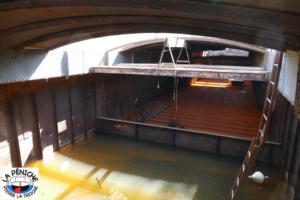 La cale du PIERRE-LA-TREICHE, avec de l'eau comme ballast.